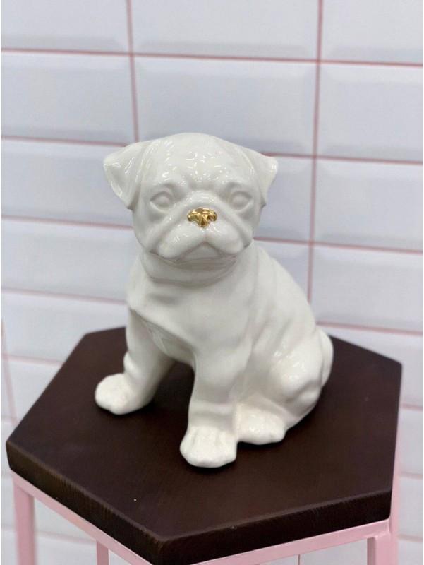 Керамическая статуэтка 'Мопс' от Kiwi Flower Shop