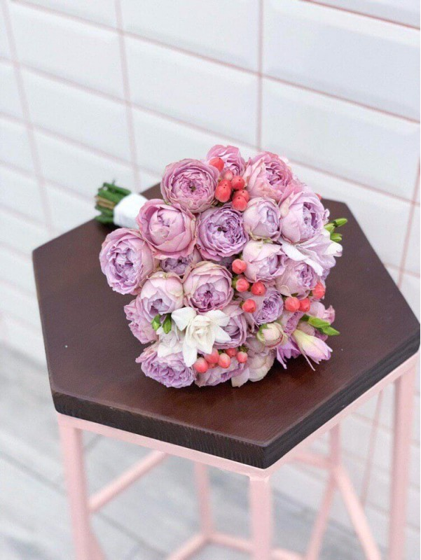 Весільний букет нареченої 'Bridal kiss' від Kiwi Flower Shop
