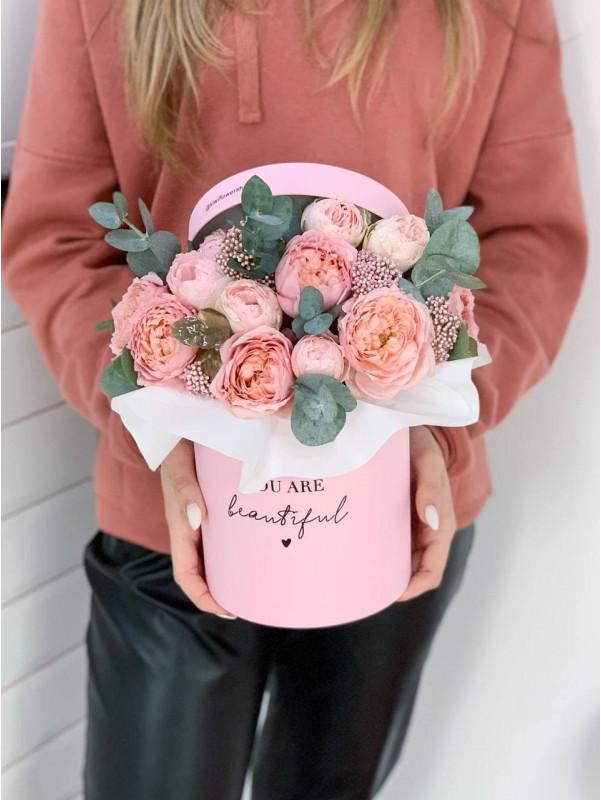 Флористична композиція в коробці 'Tender box' від Kiwi Flower Shop