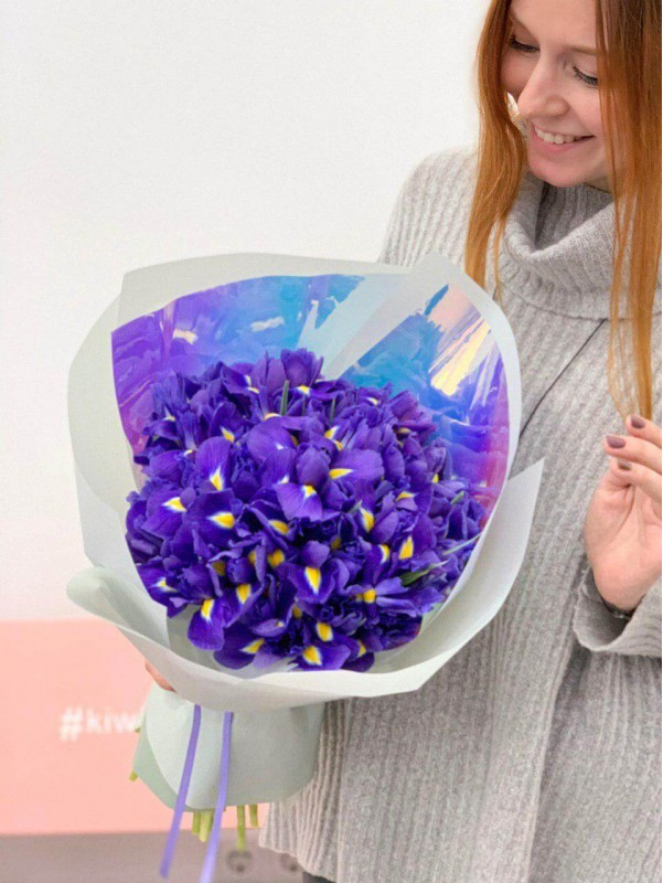 Букет з ірисів 'Purple surprise' від Kiwi Flower Shop