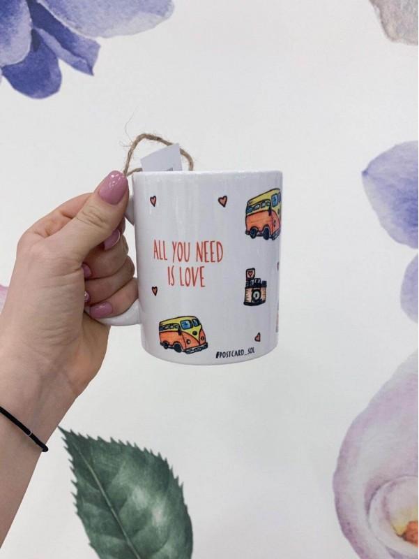 Керамическая чашка 'Yellow bus' от Kiwi Flower Shop
