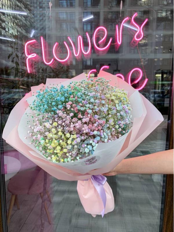 Букет из радужной гипсофилы + мини копия 'Rainbow bouquette'. от Kiwi Flower Shop