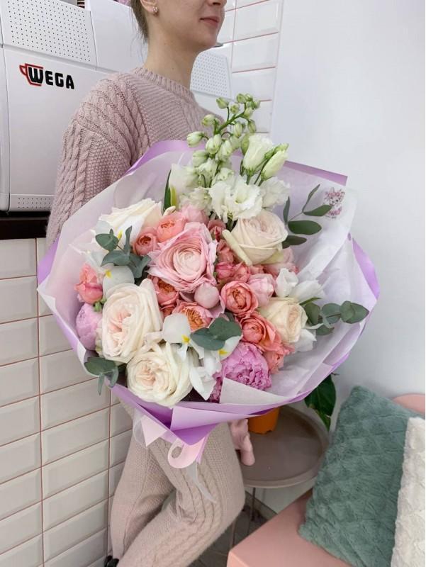 Квіткова феєрія | Авторські букети від Kiwi Flower Shop