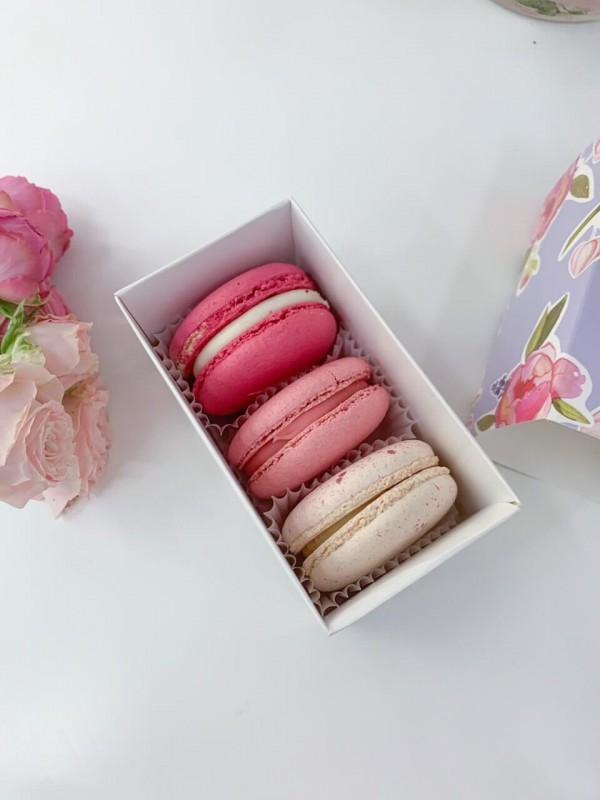 Macaroons | Sweets by Kiwi Flower Shop