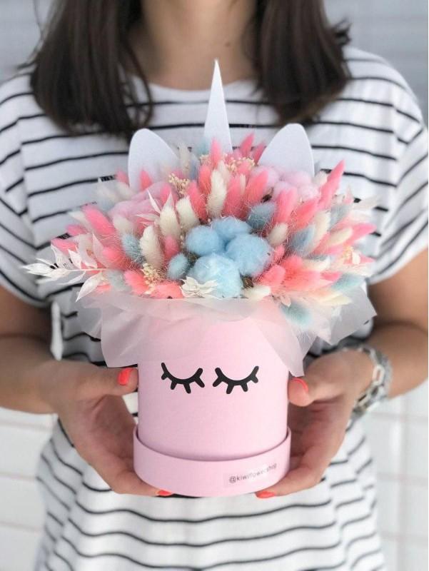 Коробка з сухоцвітів 'Magic Unicorn'. від Kiwi Flower Shop