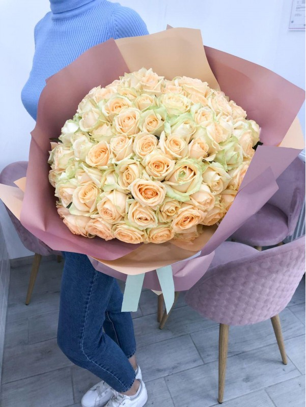 101 roses | Rose bouquets by Kiwi Flower Shop