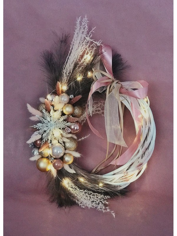 Вінок на ротанговій основі 'Winter fairytale'. від Kiwi Flower Shop