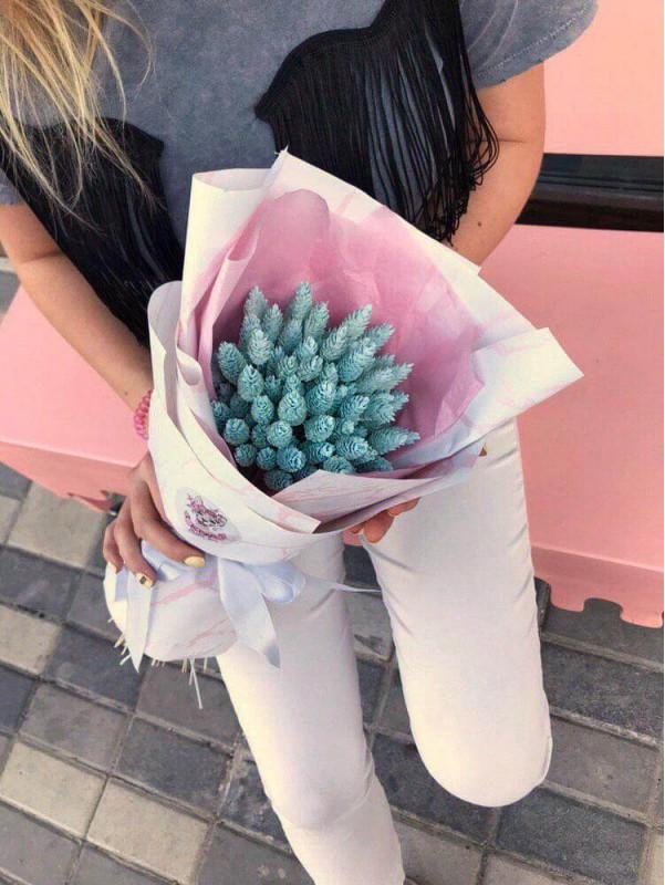 Букет из сухоцветов фалярис 'Pure Love' от Kiwi Flower Shop